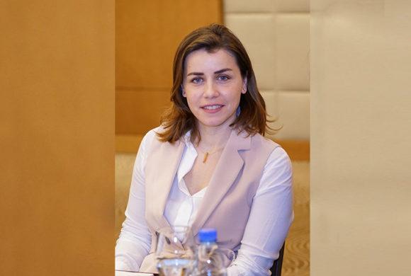 Dr. Nadine Itani