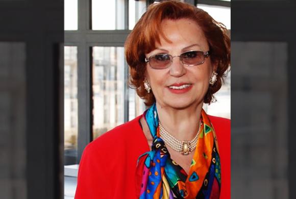 Dr. Elham Kallab